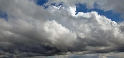Nubi sul mare davanti ad Ancona