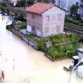 Maltempo:allagamenti nelle Marche, esonda torrente a Marotta