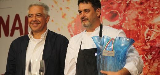l'assessore Stefano Marchegiani e il vincitore della gara internazionale Luigi Sartini