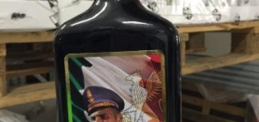 bottiglie con stemmi arma sequestrate