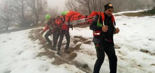 Turista soccorsa in montagna dal Corpo nazionale soccorso alpino