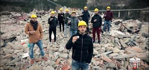 Terremoto: video Ascoli Picchio, sulle macerie di Pescara del Tronto