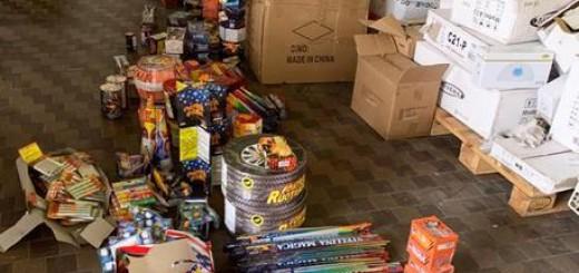 I finanzieri della Compagnia di Macerata sequestrano oltre 1.000 fuochi d'artificio