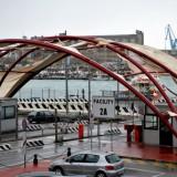Maltempo: la dogana di Ancona scoperchiata per il forte vento