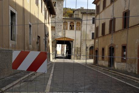 Terremoto: Marche, il centro storico di Visso chiuso a un anno dal sisma