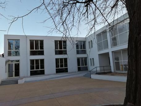 Scuola, Istituto Motzo di via Magellano a Quartu