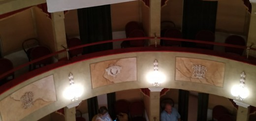 Protesta al teatro a Pergola 11_07_20